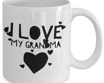 Grandma coffee mug - I love my grandma - Unique gift mug for Grandmother