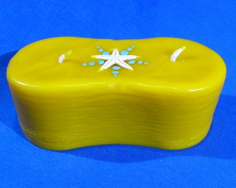 Natural beeswax candle date