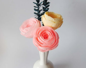 Crepe paper bouquet baby pink pale yellow ranunculus