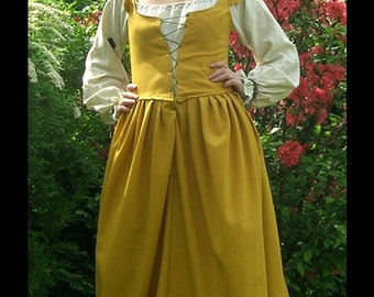 "Mustard yellow ""Renaissance""-dress, size 36/38"