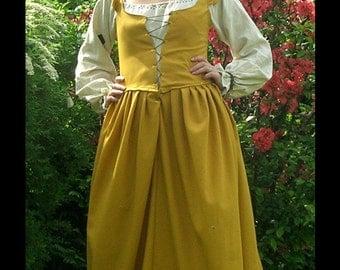 """Mustard yellow """"Renaissance""""-dress, size 36/38"""