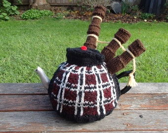 The bagpiper - tea cosy pattern PDF Digital download
