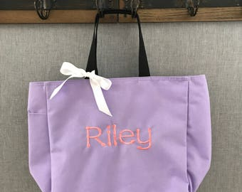 Kids set of THREE personalized tote bags, Personalized Kids Tote Bag, Kids Tote, Kids Bag,Tote Bag,Book Bag,Personalized Tote Bag,Beach Bag