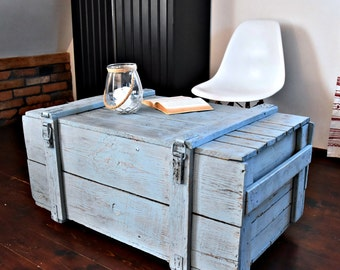 Vintage Antique Old big Army military Chest Trunk Box coffee table Shabby Chic blue cottage chic loft industrial Nordic