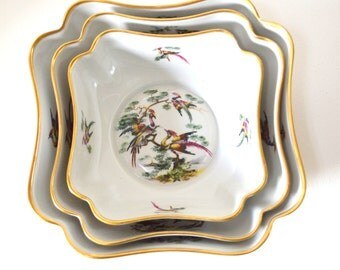 Limoges Three Piece Nesting Bowl Set - Gold Rimmed Exotic Bird Motif