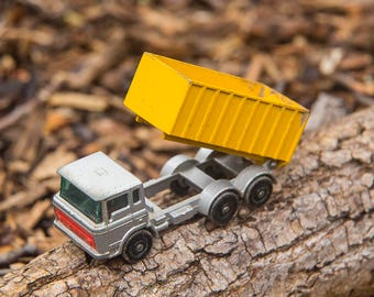 Matchbox No. 47, Tipper Container Truck, Vintage, 1970s