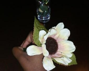 Ivory All Purpose Flower Pen