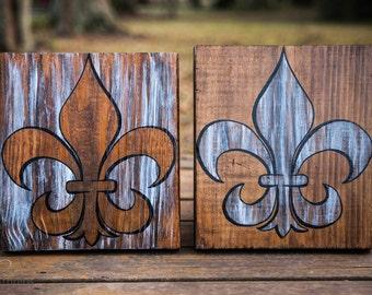 Fluer de Lis Wood Art