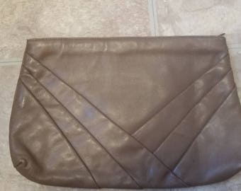 Dark Tan Leather Cluch