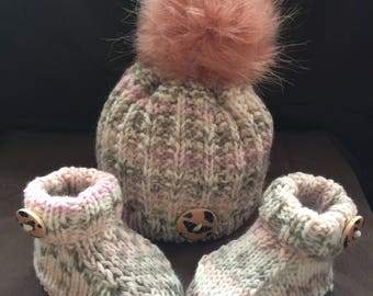 Hand Knitted Baby gift set/ hat and booties