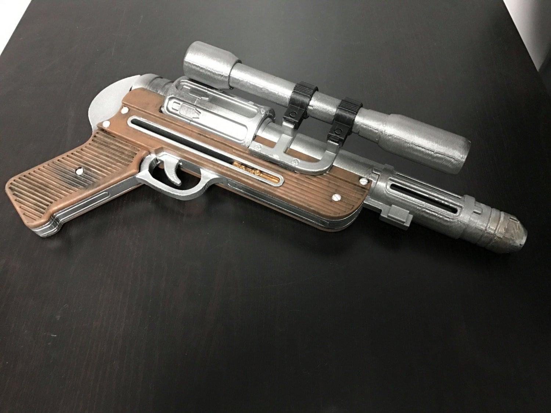 star wars orson rogue one krennic dt 29 blaster pistol prop. Black Bedroom Furniture Sets. Home Design Ideas