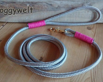 Dog leash rope with wrist strap
