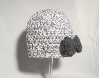 Girl's Gray hat with bow
