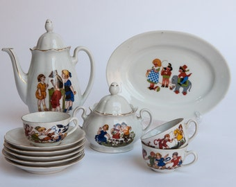 Pre 1950 Kahla Childrens Tea Set