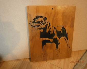Wooden portait of a dog