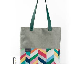 Multicolored and gray graphic woman's bag