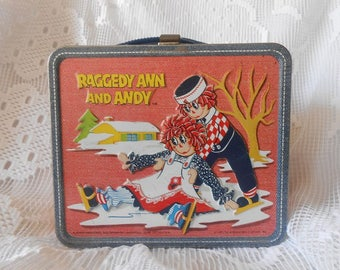 Original vintage 1973 Raggedy Ann and Andy metal lunchbox, Aladdin Industries