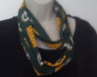 Packer Backers Green Bay Packers Infinity  Style Scarf