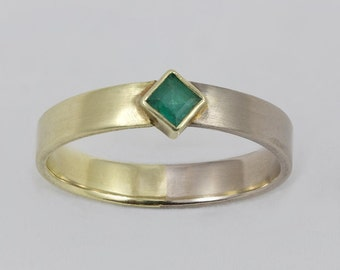 14 k bicolor gold ring with Emerald