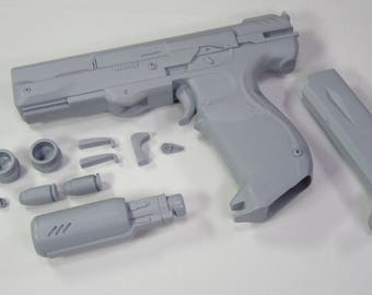 HALO 5 Guardians - M6H2 Magnum Whispered Truth version replica