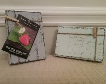 Small rustic block frame with pin.