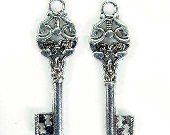Silver Key Charm x 3