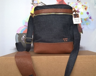 Man bag leather and denim