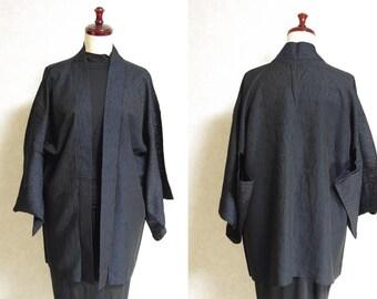 Japanese.old. kimono.free shipping.haori.coat.mesh fabric.Black.dark blue