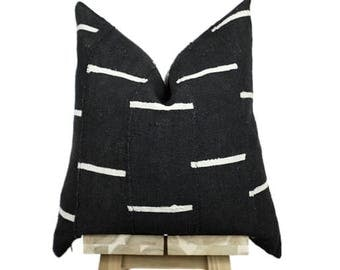 Mud Cloth Pillow Cover, African Mud Cloth Pillow, Authentic Mud Cloth | Black and Off White | 'Nina'