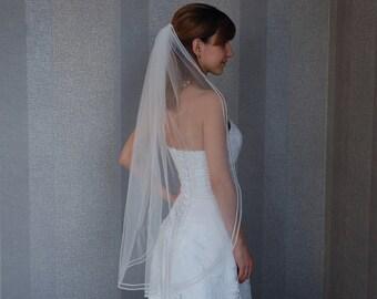 Ivory Fingertip Veil, Fingertip Wedding Veil, Veil with pearl, fingertip length, One tier veil, Light Ivory veil, FREE SHIPPING