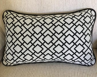 Black and White Geometric Lumbar  Pillow Cover