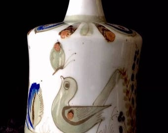 Mexican Pottery Vase with Painted Bird by Ken Edwards