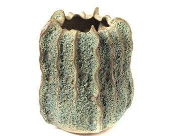 Shell ceramic vase