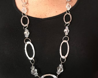 Clear / Silver Oval Link Necklace