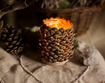 """Candle holder """"Cone of light"""" classic - pine cone and hemp - light - candle holder - nature"""