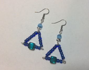 "Earrings ""Blue Triangle and his cat's eye"""