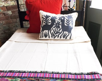 Grey Otomi Pillow / Otomi Cushion / Otomi Pillow Cover / Mexican Pillow Cover / Otomi Throw Pillow / Mexican Embroidered Pillow