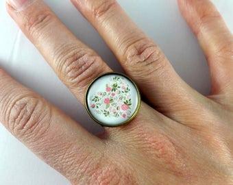 Ring adjustable flowery heart pattern