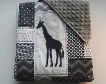 Safari baby quilt with minky backing, and hand sewn Giraffe appliqués - Safari theme -  Dark and Light Gray - White - Modern - Homemade