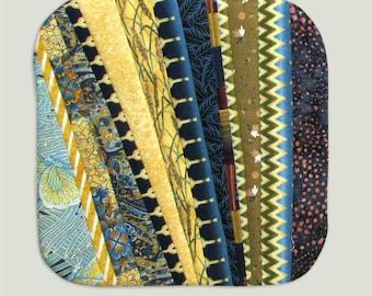 Art potholder in gold and blue