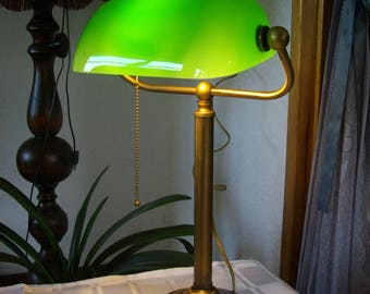 Vintage Banker lamp Notary lamp Desk lamp with pull cord
