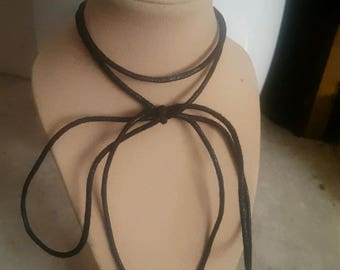Black 2 layer bow tie choker