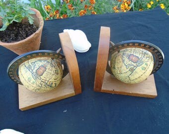 Bookends are globes