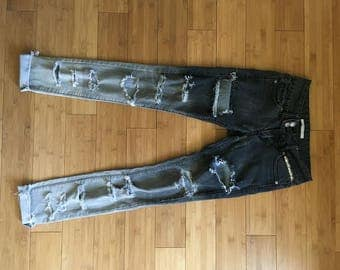 FLASH SALE * Shredded Denim Jeans xs/sm