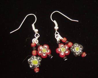 Dainty flower bead drop earrings