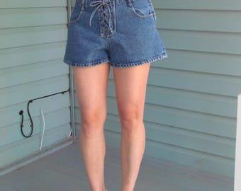 20% off vintage 80s High waist blue jeans shorts  size: M