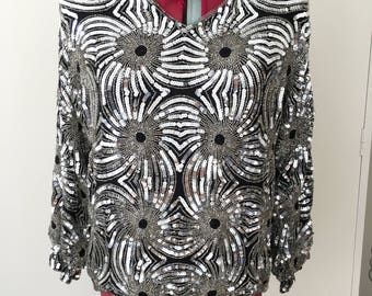 Vintage 1970s/1980s disco black & silver sequinned blouse. Size Small
