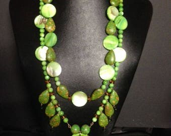 Apple Turquoise Mosaic Shell Necklace w Earrings