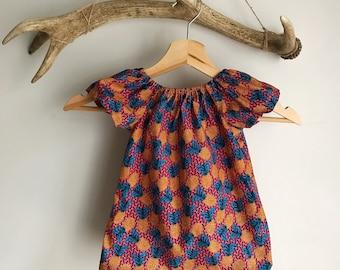 Baby girls summer dress. Pineapple print baby summer dress/ peasant girls dress / Tropical girls dress / cotton baby girl dress
