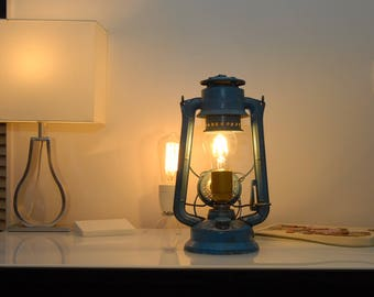 Lamp to ask Eta blue and Brass Lantern